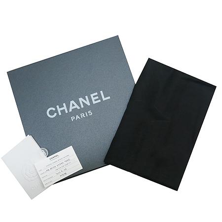Chanel(샤넬) A51373 X03147 CC시그니쳐 캐시미어 실크혼방 스톨 [명동매장]