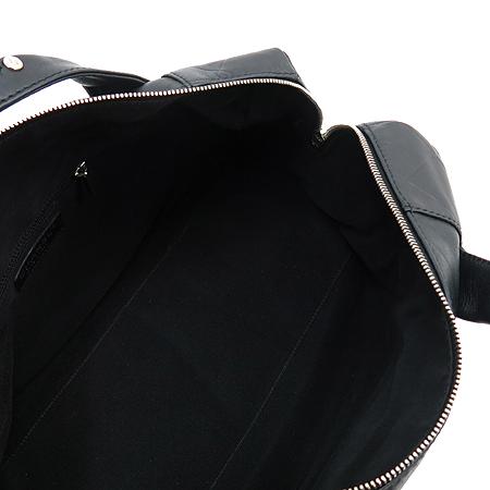 Chanel(샤넬) 블랙 레더 볼링 토트백