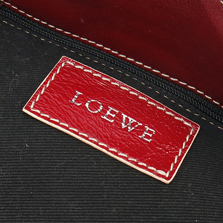 Loewe(�ο���) ���� �ֳ��� �ΰ� ��Ƽġ �� ���� �����
