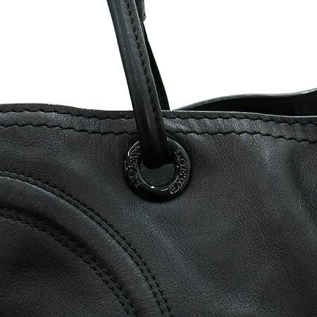 Loewe(로에베) 블랙레더 로고 장식 스티치 투 포켓 숄더백 이미지5 - 고이비토 중고명품