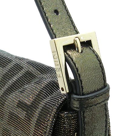 Fendi(펜디) 8BR600 FF 로고 자가드 바게트 버클 장식 숄더백 이미지6 - 고이비토 중고명품