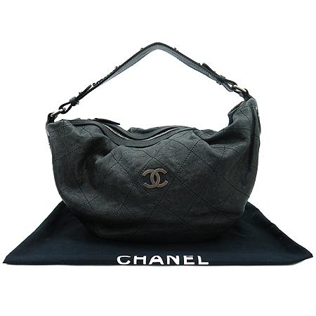 Chanel(샤넬) 빈티지 캐비어 스킨 은장 COCO 로고 호보 숄더백