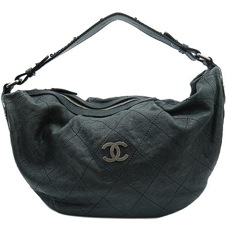 Chanel(샤넬) 빈티지 캐비어 스킨 은장 COCO 로고 호보 숄더백 이미지2 - 고이비토 중고명품