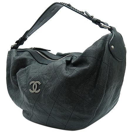 Chanel(샤넬) 빈티지 캐비어 스킨 은장 COCO 로고 호보 숄더백 이미지3 - 고이비토 중고명품