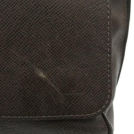 Louis Vuitton(루이비통) M32678 타이가 로만 MM 크로스백