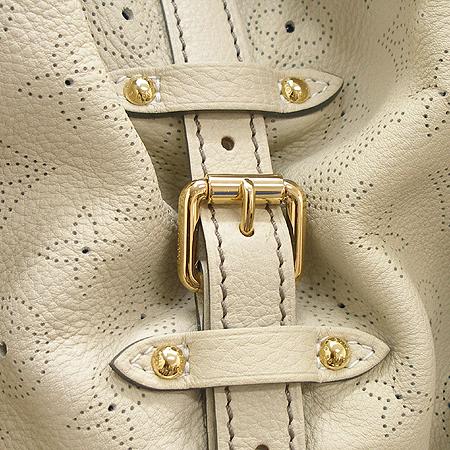 Louis Vuitton(루이비통) M95546 마히나 레더 그레이 XXL사이즈 숄더백 [강남본점] 이미지5 - 고이비토 중고명품
