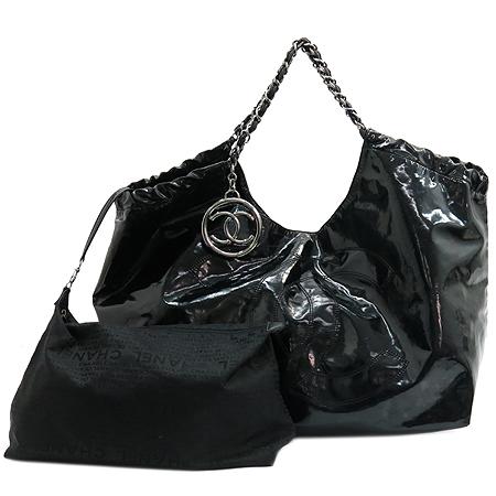 Chanel(샤넬) 블랙 페이던트 COCO 스티치 장식 카바스 은장 체인 숄더백