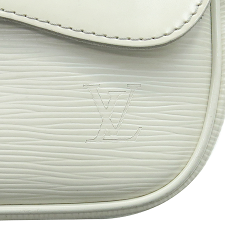 Louis Vuitton(루이비통) M5929J 에삐 레더 몽테뉴 클러치 겸 숄더백