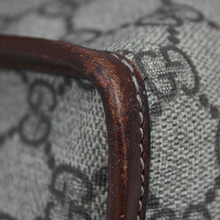 Gucci(구찌) 246411 GG 로고 PVC 크로스백 [명동매장]