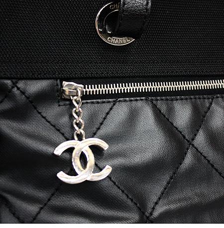 Chanel(샤넬) A34210Y04413 블랙 비아리츠 L 사이즈 투 포켓 숄더백 [명동매장]