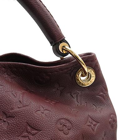 Louis Vuitton(루이비통) M93447 모노그램 앙프렝트 앗치 MM 숄더백