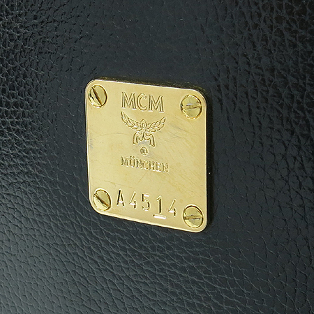 MCM(엠씨엠) 금장 로고 블랙 레더 토트백