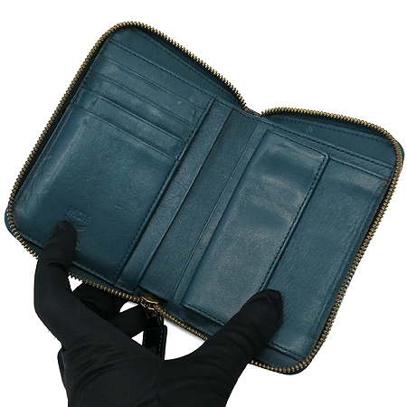 MCM(엠씨엠) MYZ 1SXL01 딥 레이크 에나멜 레더 짚업 중지갑 이미지5 - 고이비토 중고명품