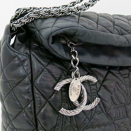 Chanel(샤넬) moscow 블랙 램스킨 은장 coco 로고 장식 숄더백[부천 현대점] 이미지4 - 고이비토 중고명품