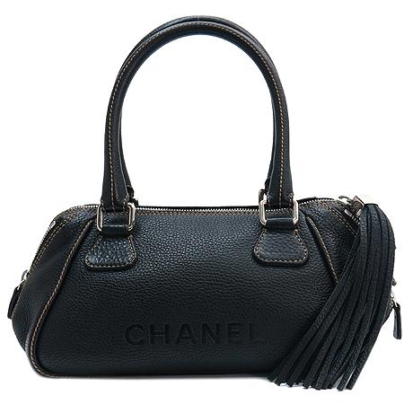 Chanel(샤넬)  캐비어스킨 누빔 스티치 이니셜 로고 테슬장식 토트백 이미지2 - 고이비토 중고명품