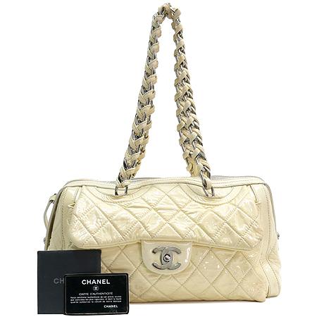 Chanel(샤넬) COCO 은장 로고 장식 페이던트 원포켓 숄더백
