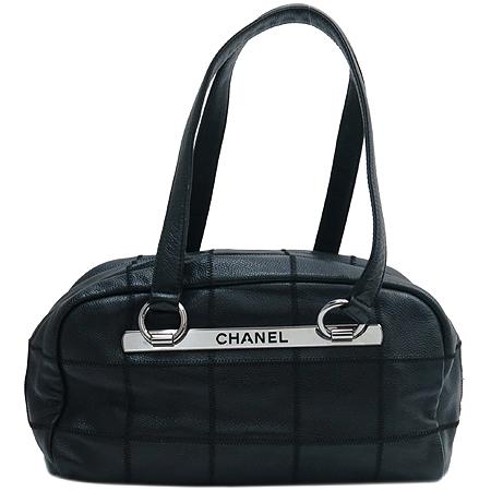 Chanel(샤넬) 은장 이니셜 로고 소프트 캐비어스킨 누빔 스티치 숄더백 이미지2 - 고이비토 중고명품