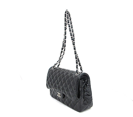 Chanel(샤넬) A58600Y06830 블랙 페이던트 클래식 점보 사이즈 은장 체인 숄더백 [분당매장]