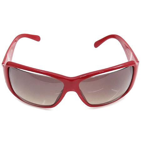 Prada(프라다) SPR19G 측면 은장 스타 장식 레드 뿔테 선글라스 이미지3 - 고이비토 중고명품