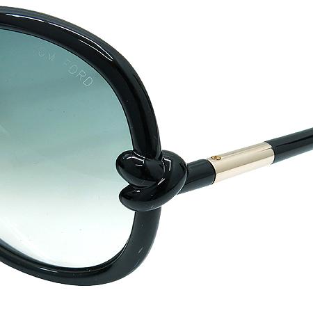 TOMFORD(톰포드) TF185 01B 블랙 뿔테 선글라스 이미지5 - 고이비토 중고명품