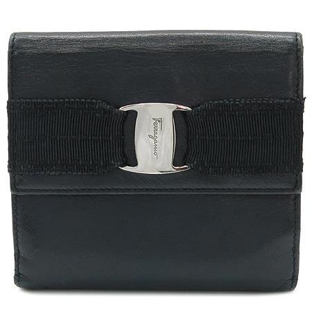 Ferragamo(페라가모) 22 A605 은장 바라 장식 블랙 레더 2단 반지갑