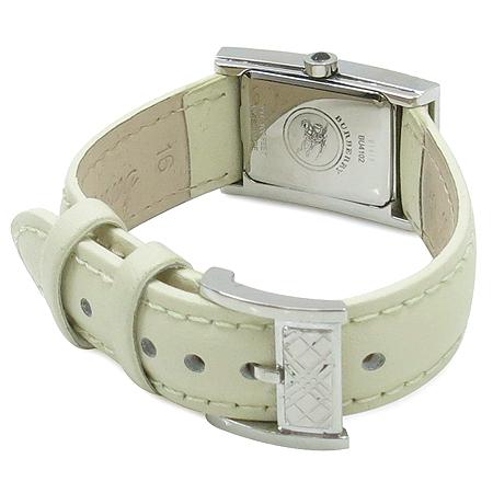 Burberry(버버리) BU4102 자개판 사각 펜던트 가죽 밴드 여성용 시계 이미지3 - 고이비토 중고명품