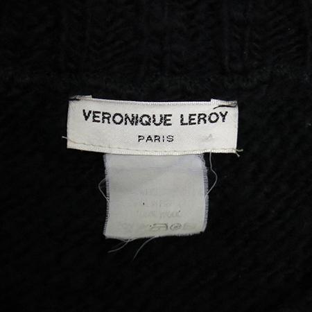 Veronique Leroy(베로니크 르로이) 블랙컬러 니트 (Made in france)