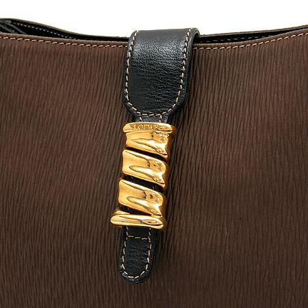 Loewe(로에베) 브라운 컬러 사각 금장 버클 장식 크로스백