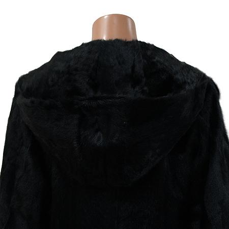 DEMOO(데무) 블랙컬러 염소털 후드 코트