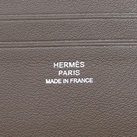 Hermes(에르메스) 베이지 레더 엠시투코르페닉 8크레딧카드 반지갑 [압구정매장]