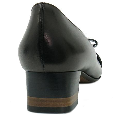 Fendi(펜디) 8I4096 리본 장식 블랙 레더 여성용 구두