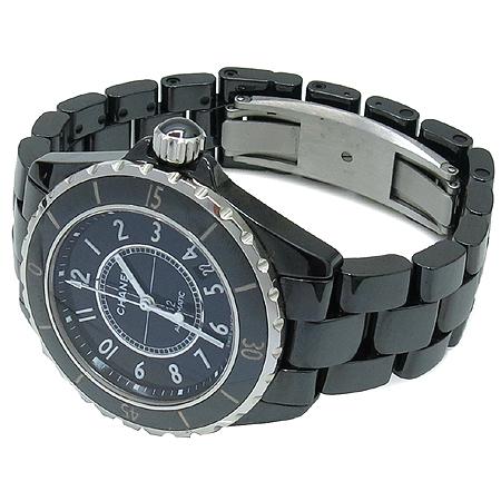 Chanel(샤넬) H0685 J12 38MM 블랙 세라믹 오토매틱 남성용 시계