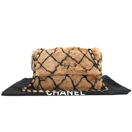 Chanel(샤넬) 마트라세 토끼털 블랙로고 체인 숄더백