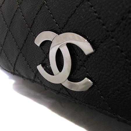 Chanel(샤넬) COCO로고 캐비어 정방 은장 체인 숄더백 [부천 현대점] 이미지4 - 고이비토 중고명품