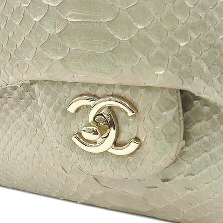 Chanel(샤넬) A58600Y07533 10907 클래식 점보 L사이즈 PYTHON 비단뱀 뱀피 진주 펄 금장로고 체인 숄더백