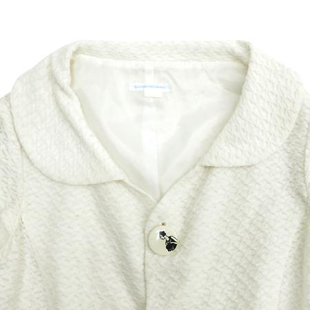 Son Jung Wan(손정완) 화이트 컬러 민소매 자켓