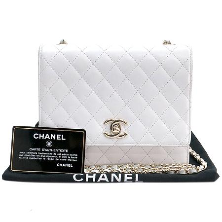 Chanel(샤넬) 화이트레더 금장로고 체인 사각 미니 숄더백
