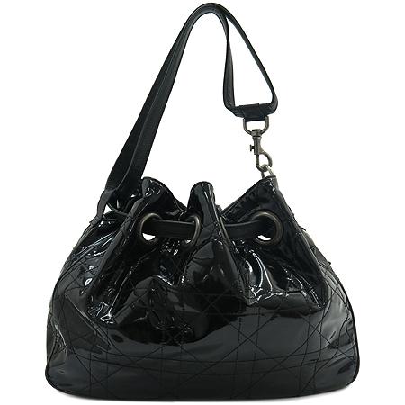 Dior(크리스챤디올) VYN44481 블랙 페이던트 퀼링 숄더백 이미지2 - 고이비토 중고명품