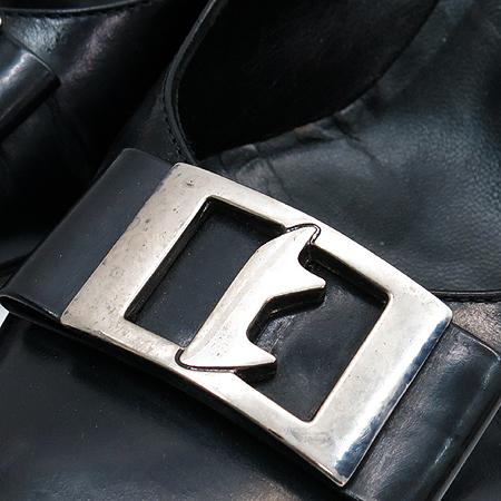 A.testoni(테스토니) 실버 메탈 로고 블랙 레더 펌프스 여성 구두 이미지5 - 고이비토 중고명품