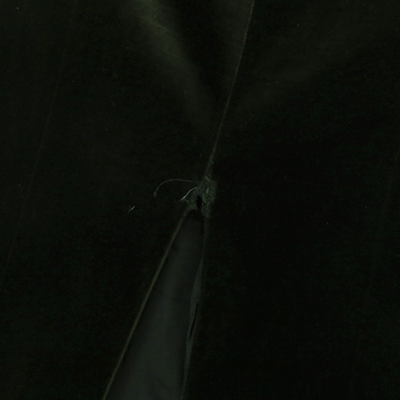 Hugo Boss(휴고보스) 다크카키컬러 벨벳 원피스