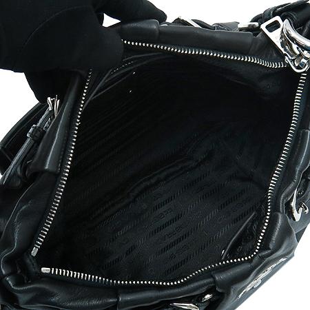 Prada(프라다) BR3795 블랙 레더 호보 숄더백 이미지6 - 고이비토 중고명품