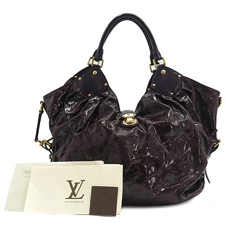 Louis Vuitton(루이비통) M95798  XL 마히나 수리야 퍼플 페이던트 숄더백