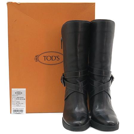 Tod's(토즈) 은장 벨트 장식 블랙 래더 여성용 부츠