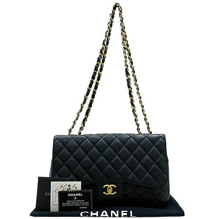 Chanel(샤넬) A28600Y01588 캐비어 스킨 클래식 점보 사이즈 금장 체인 숄더백 [명동매장]