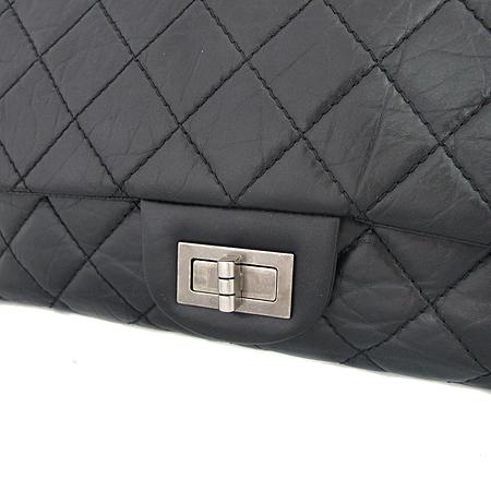 Chanel(샤넬) A37590Y04150 C3906 빈티지 카프스킨 블랙 2.55 L사이즈 은장  체인 숄더백