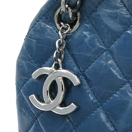 Chanel(샤넬) A66879 빈티지 페이던트 마드모아젤 볼링 숄더백 [압구정매장]