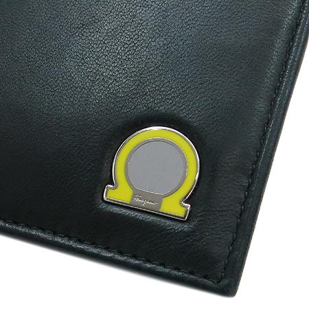 Ferragamo(페라가모) 66-9444 블랙 레더 간치니 로고 장식 머니클립 반지갑 [동대문점]