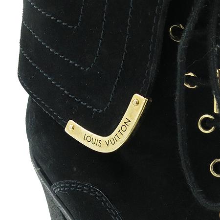 Louis Vuitton(루이비통) 블랙 스웨이드 앵글 부츠 이미지5 - 고이비토 중고명품