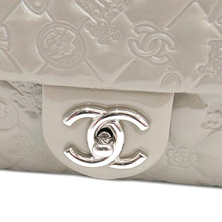 Chanel(샤넬) 10A A49756Y06830 5000 페이던트 실버 SYMBOL CHARM ICON (심볼 참 아이콘) 은장로고 체인 숄더백 [2010년 시즌 크루즈컬렉션] 이미지5 - 고이비토 중고명품