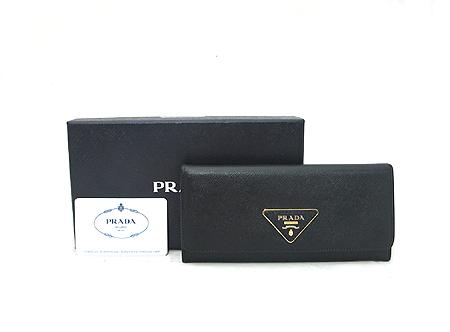 Prada(프라다) 1M1132 블랙 사피아노 삼각 로고 장지갑